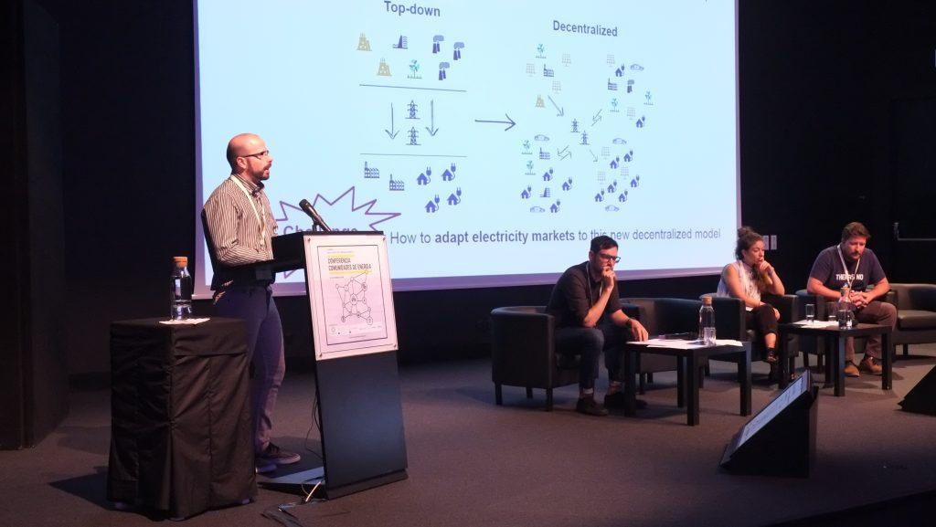 Painel Mecanismos e Tecnologias: Como criar comunidades de energia - Tiago Sousa (Energy Collective)